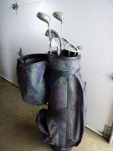 Sac de golf très propre avec bâton