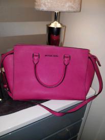 7875d863f197 Michael kors in Glasgow | Women's Bags & Handbags for Sale - Gumtree