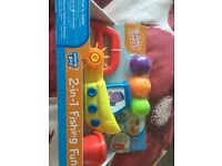 Bright starts 2 in 1 fishing fun bath toy