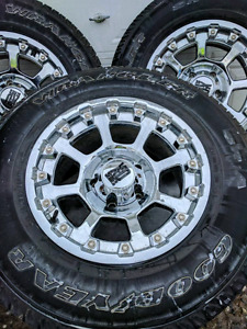 255/75R17 Goodyear Wrangler tires and rims