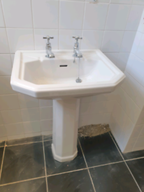 Cloakroom basin ped toilet cistern traditional style. Twyfords