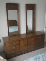 Thomasville 4 piece bedroom group