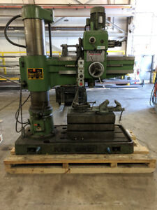 Price reduced !!Kao Ming Radial Arm Drill 1100s