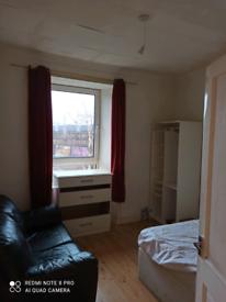 Beautiful 1 bedroom flat Paisley, nice location