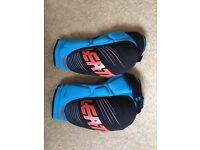 Leatt 3DF 5.0 elbow and knee pads