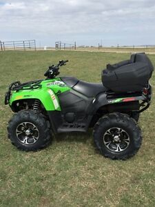 2014 Arctic cat 550 limited (Reduced)