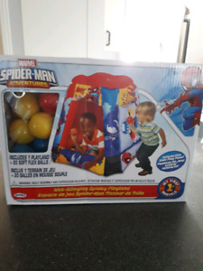 Ball pit ( spiderman )
