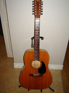 Norman B50 - 12 strings