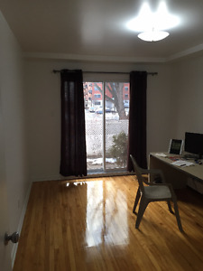 31/2 Heated apartment in Brossard for Sublease April 2017
