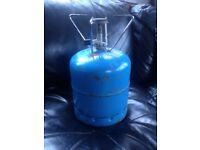 Butane gas bottle with burner