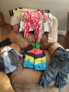 Assorted boys clothing items - size 2