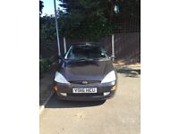 Ford Focus 1.6 Black Zetec Breaking for parts only!!