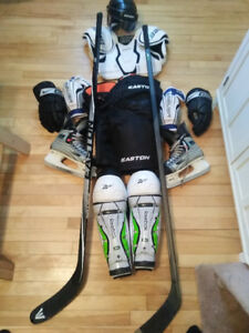 Full Hockey Kit Plus 2 right handed Carbon Fiber Hockey Sticks
