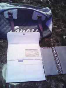 Guess purse and matching wallet Kitchener / Waterloo Kitchener Area image 4