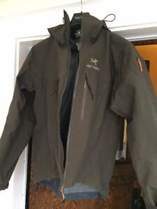 Arcteryx Men's Shell Jacket, Alpha SV, Brown (Small, fits Med) Edmonton Edmonton Area image 4