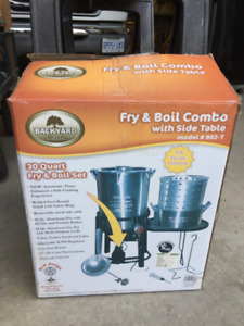 Backyard Classic 30 Quart Fry & Boil Set with Side Table