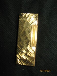 Classic Dunhill Swiss-made Gold-plate Lighter (NEW)