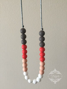 Fidgets - Silicone and wood teething necklaces toys & more Kitchener / Waterloo Kitchener Area image 5
