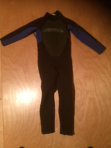 Wet Suit - Youth / Child Size 4