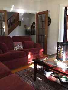 *****PERFECT LOCATION-DT GUELPH-CHARMING HOME*****