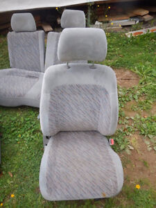 Seats for Subaru Forester 1998