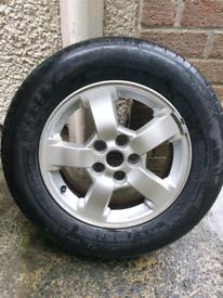 Kia Sportage MK2 alloy wheel & tyre