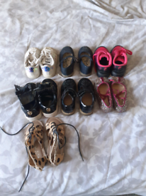 Girls shoes size 5s