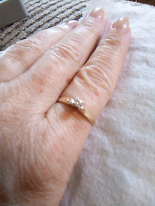 14k solitaire diamond engagement ring size 6.5