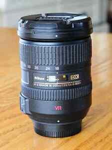 Excellent condition Nikon 18-200mm DX lens