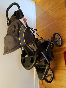 Poussette Baby Trend / Stroller
