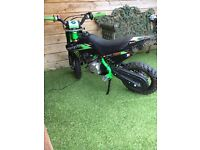 Ycf 50cc pit bike like bran new only used twice