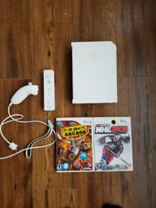 Wii with controller and 3 games