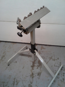 Outfeed roller stand
