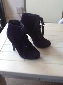 Dark purple high heels size 6/39