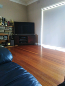 room for rent. located at kialla. 5 min walk to peppermill