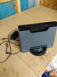 Sony ipod dock/ stereo with aux cord