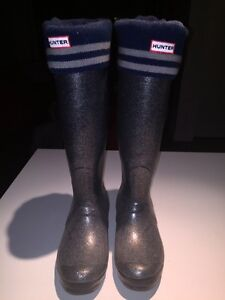 Hunter boots size 39 with socks