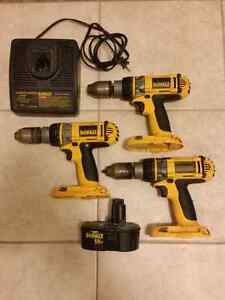 3 Dewalt XRP 18V cordless power drills, 15 min charger & battery