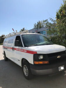 Great condition 2006 Chevrolet express 2500 extened