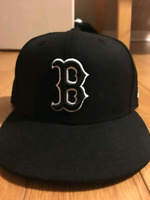 Boston Red Sox fitted New Era Size 7 1/4 MLB