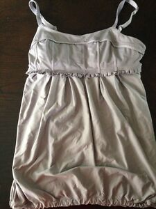 Lulu lemon top size 4