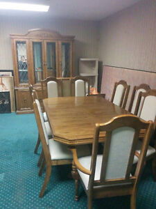 Dining Room Table w/8 Chairs and Hutch