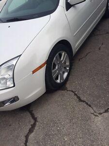 2008 Ford Fusion // 4900$$$$/ Vente rapide