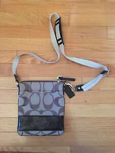 Rarely used Coach side bag