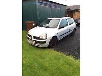 Renault Clio cheap car full clutch kit cheap insurance