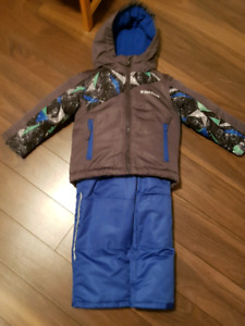 3T Snow Suit for sale *Never used*