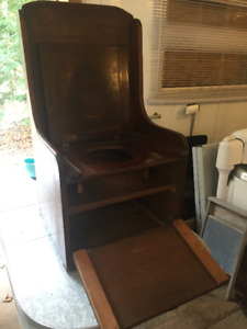 Vintage solid wood commode chair, great condition