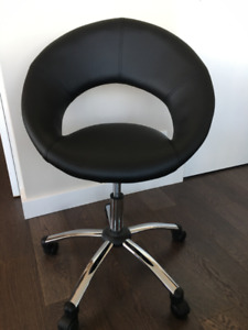 Contemporary Black Desk Chair