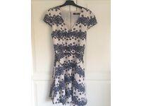 Beautiful Oasis Dress - size 10