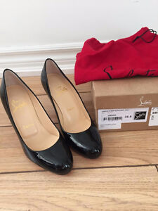 Christian Louboutin Shoes - Simple Pump in Black, Size 5.5